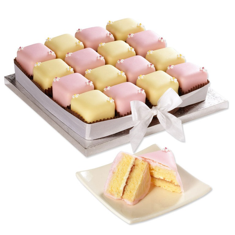 Kavey Eats 187 Win A Fondant Fancy Party Cake From Bettys Of