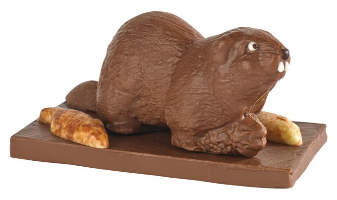 bettys milk chocolate beaver 680