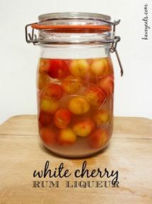White-Cherry-Rum-Liqueur-KaveyEats-KFavelle-192119-800px