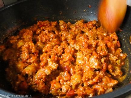 Sausage-Ragu-Stuffed-Courgette-KaveyEats-(c)-KFavelle-6145