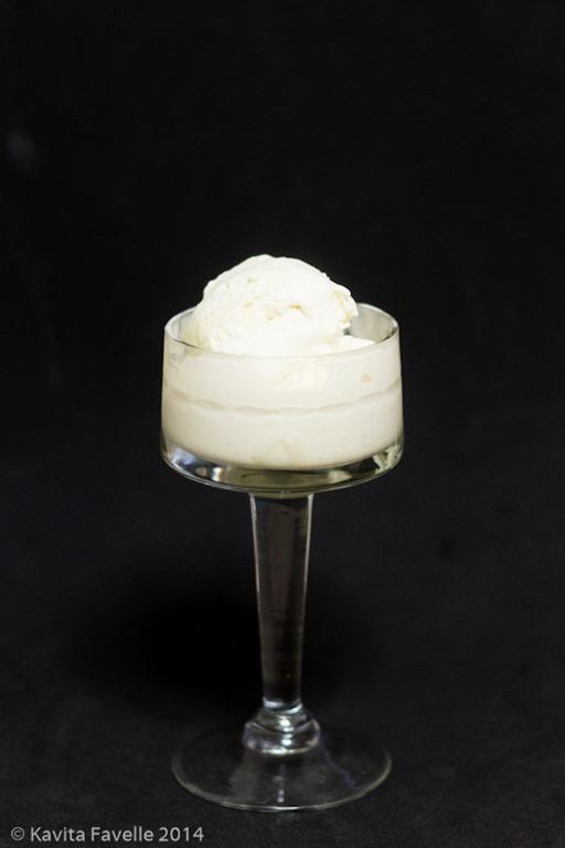 Kavey Eats 187 White Chocolate Vanilla Ice Cream Served