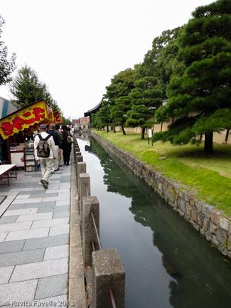 Toji-Temple-Market-Kyoto-Japan-(c)KavitaFavelle-2356