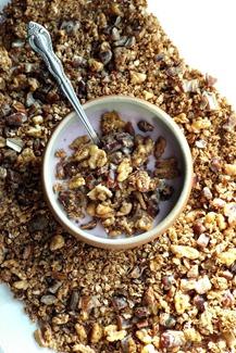 date walnut granola