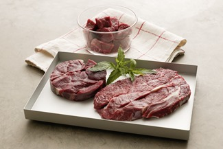 beef_shin bone in & boneless,cubes,braising stk