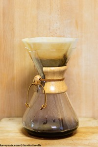 Making Pourover Coffee in a Chemex Coffeemaker - Kavey Eats - © Kavita Favelle-9084