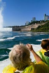 Niagara Falls on Kavey Eats © Kavita Favelle -100820