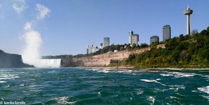 Niagara Falls on Kavey Eats © Kavita Favelle -100925