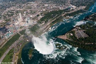 Niagara Falls on Kavey Eats © Kavita Favelle -1648