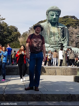 Visiting Daibutsu (Giant Buddha) at Kamakura in Japan. On Kavey Eats-140902