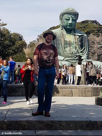 Visiting Daibutsu (Giant Buddha) at Kamakura in Japan. On Kavey Eats-140902