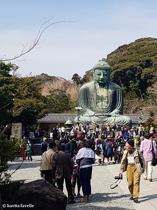 Visiting Daibutsu (Giant Buddha) at Kamakura in Japan. On Kavey Eats-143150