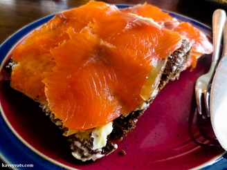 HotSpringsBread SmokedTrout-Iceland-2014-(c)KavitaFavelle-6514