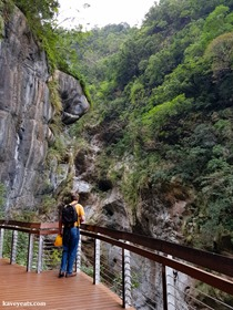 Taroko Gorge in Taiwan on Kavey Eats-122115