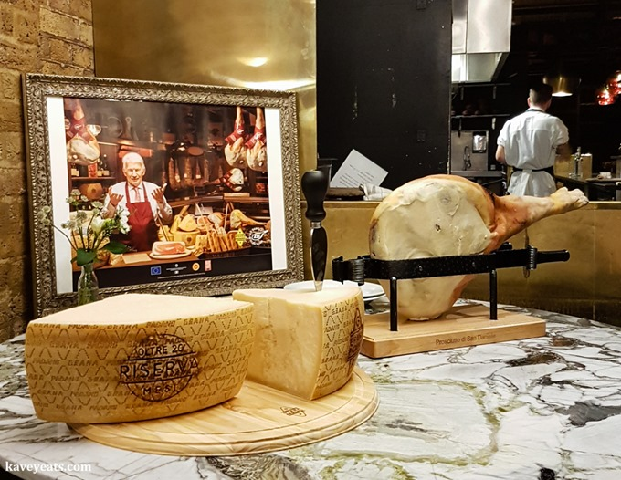 Grana Padano and San Daniele ham Kavey Eats (c) Kavita Favelle-190713