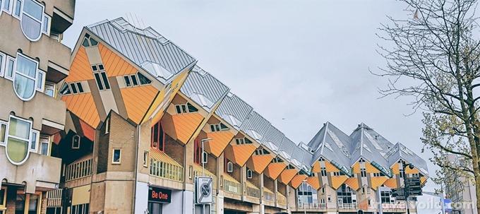 Rotterdam - Cube House - Donovan