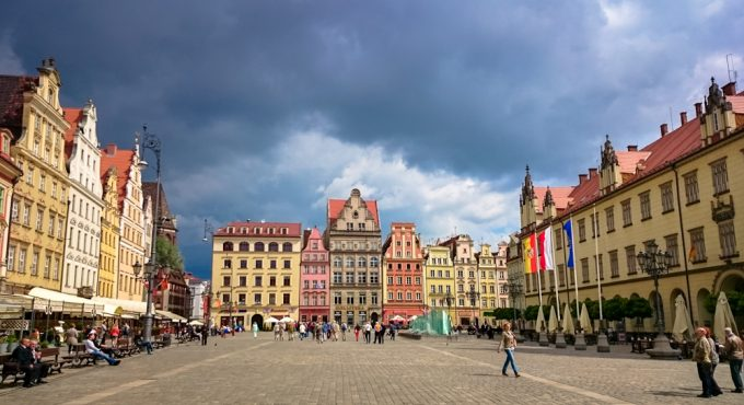 Colourful historical houses in a square in Wroclaw's historic centre -100 Fantastic Cities for City Breaks, as chosen by travel bloggers (part 5)