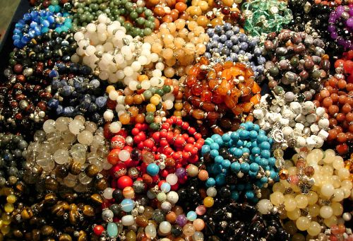 Stone bracelets - The best souvenirs to buy in Thailand