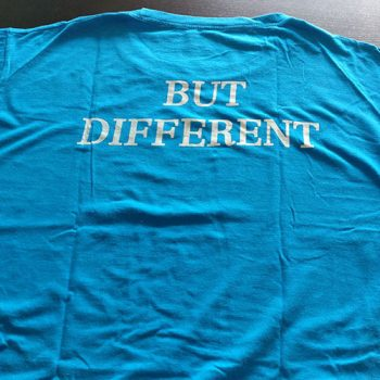 T shirt Same Same But Different - The best souvenirs to buy in Thailand