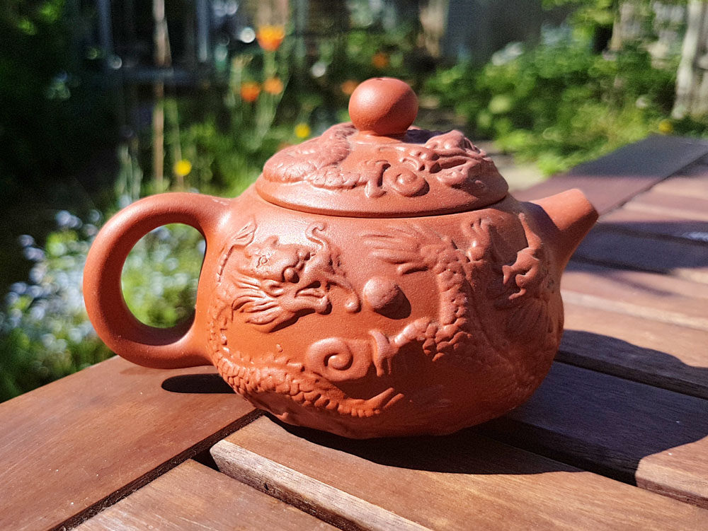 Pottery teapot - The best souvenirs to buy in Thailand