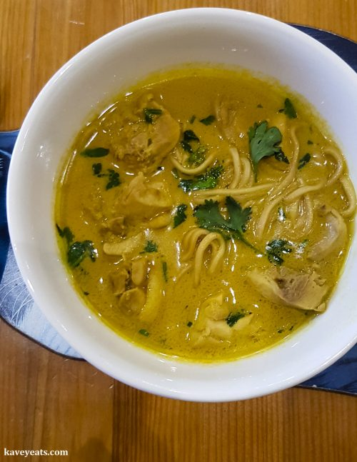 Chiang Mai Curried Noodle Soup with Chicken (Khao Soi Gai) - A review of cookery book Easy Thai Cookbook by Sallie Morris