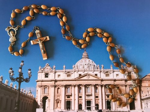 Rosary Beads from the Vatican in Rome (Best Souvenirs from Italy)