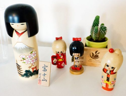 Kokeshi Dolls (Best Souvenirs from Japan)
