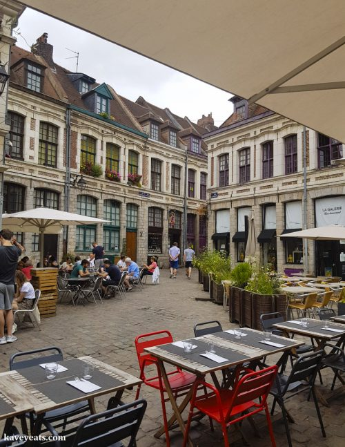 Place Aux Oignons, close to La Bottega Pizzeria in Rue au Péterinck