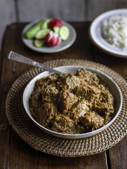 Burmese braised beef curry (by MiMi Aye)