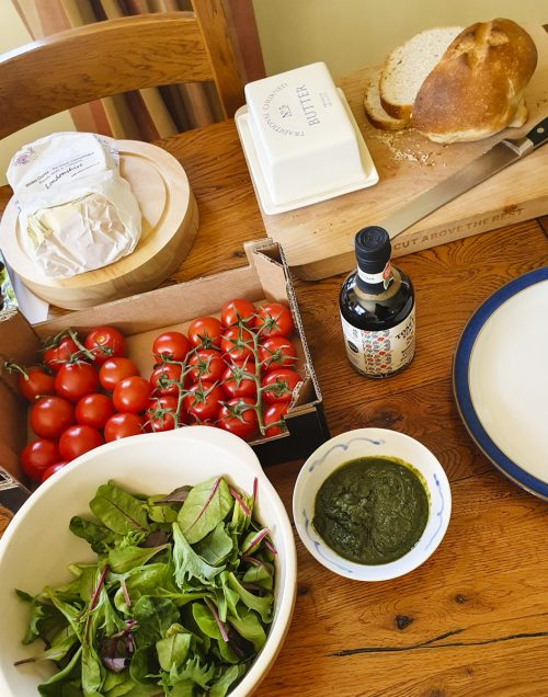 Picnic lunch including Fresh Carrot Leaf, Coriander, Apple & Chilli Dip