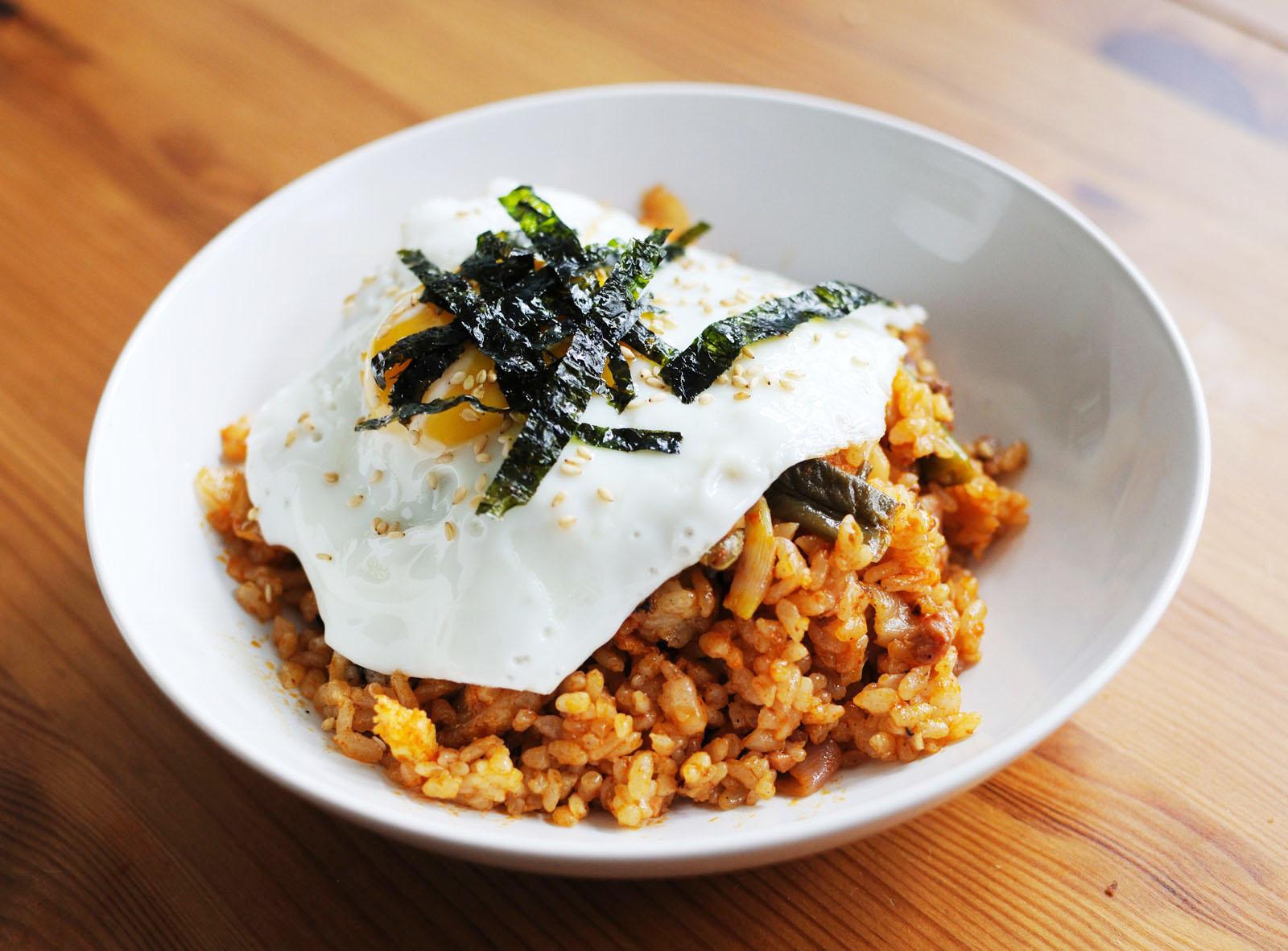 Kimchi bokkeumbab