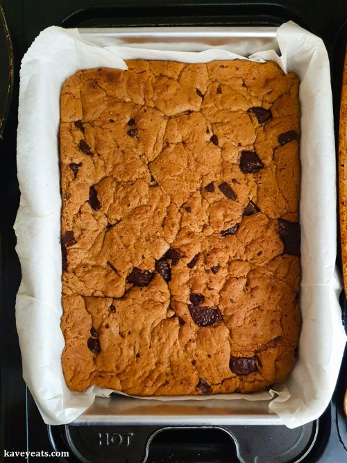 Tahini Chocolate Chip Cookie Bars