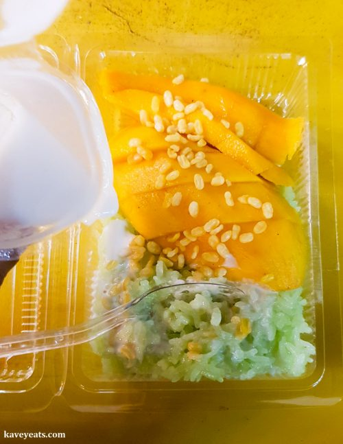 Sticky Rice with Mango at Chiang Rai Night Bazaar Thailand