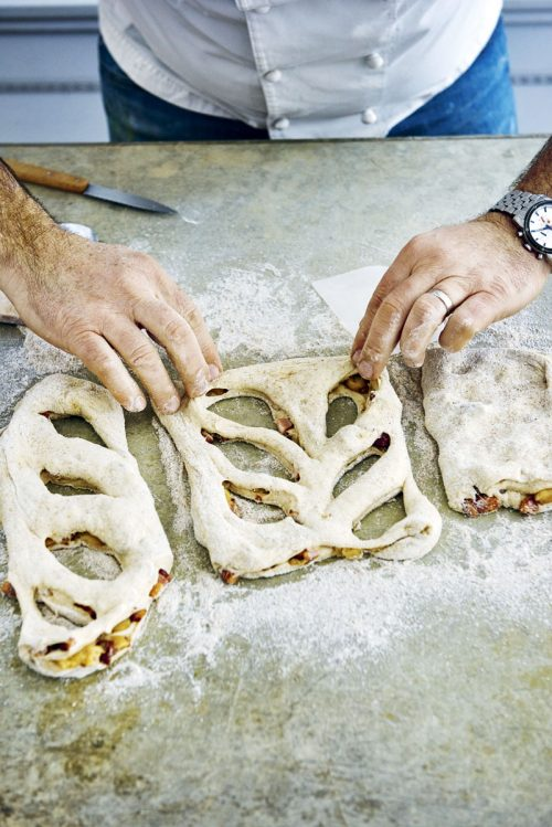 Fougasse step by step
